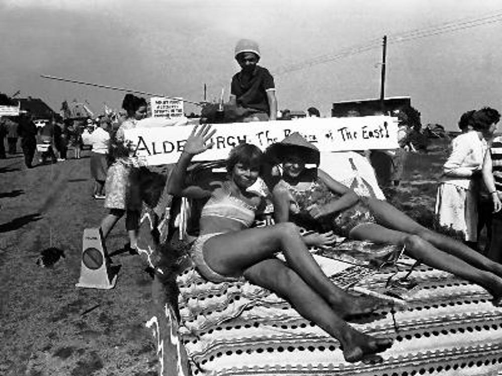 1967 aldeburgh carnival 2