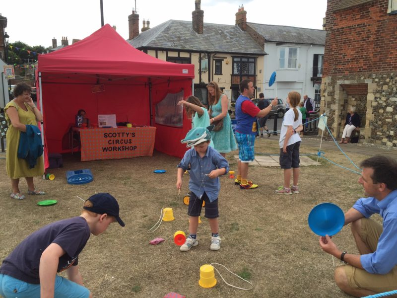 Aldeburgh Carnival Circus Workshop 2016! Copyright - Diana Biddlecombe